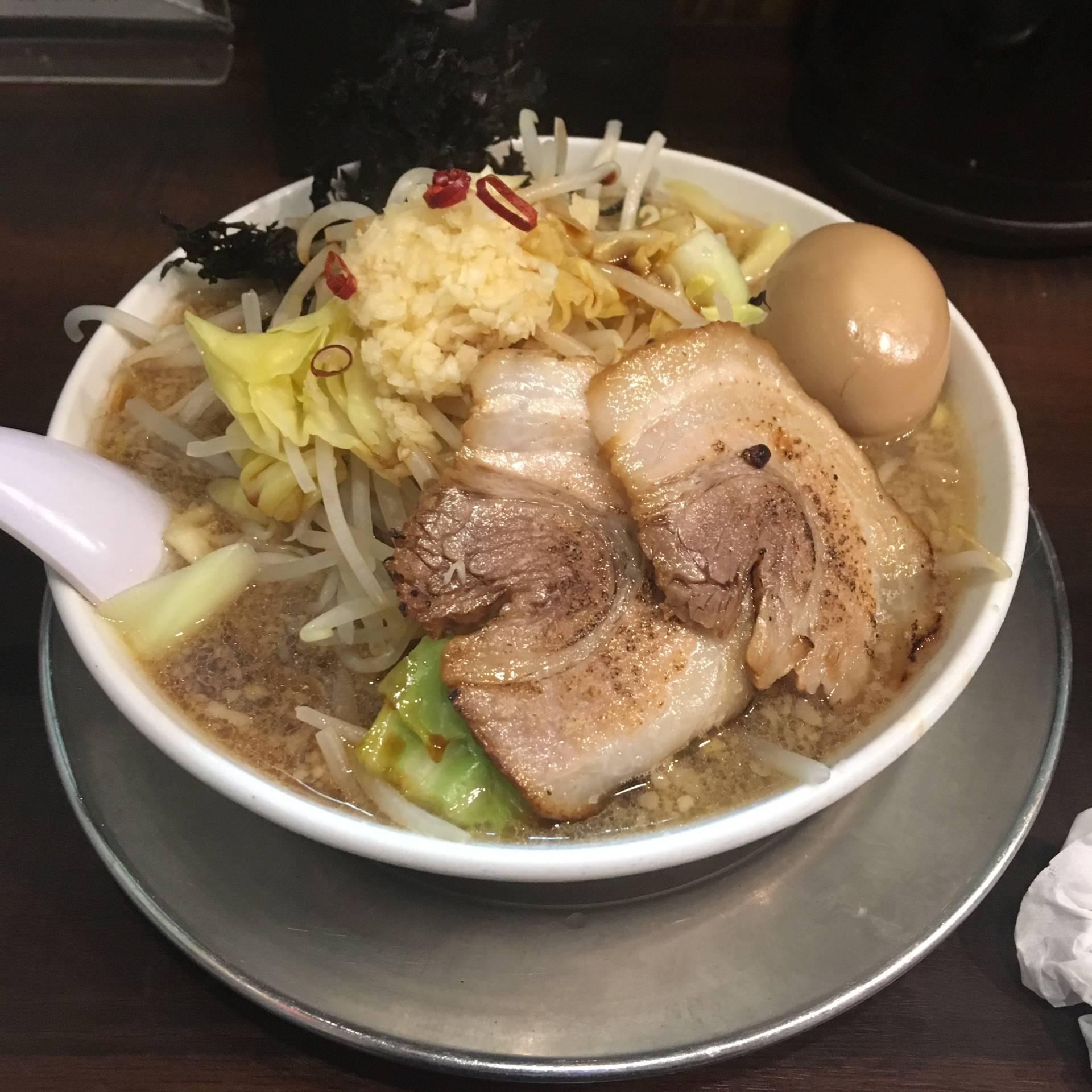 らーめん潤の潤次郎らーめん830円