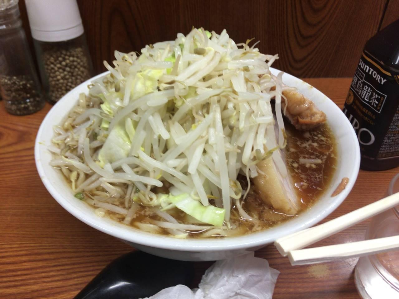 二郎亀戸店13回麺「硬め少なめ」 「ヤサイ増しニンニク」