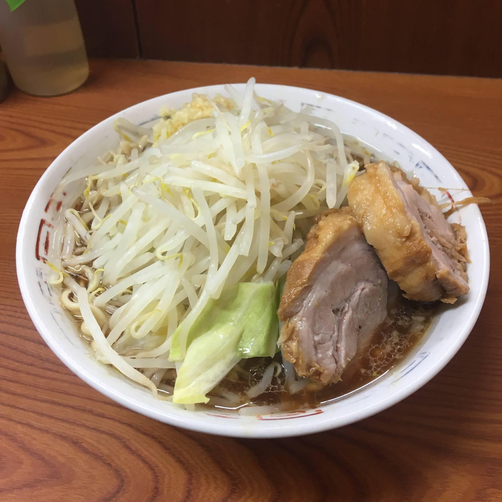 ラーメン二郎 亀戸店ラーメン730円麺硬め少な目 ヤサイマシニンニク