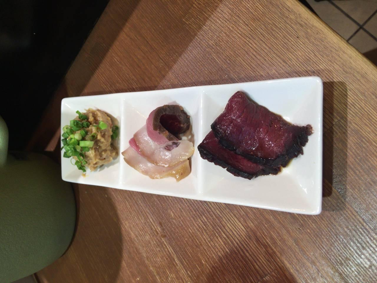 別皿のジビエ2種と肉味噌
