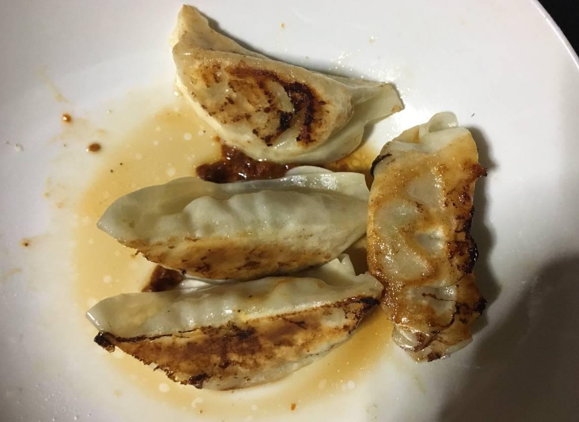 研ちゃん餃子本舗の「業務用の特製生餃子」