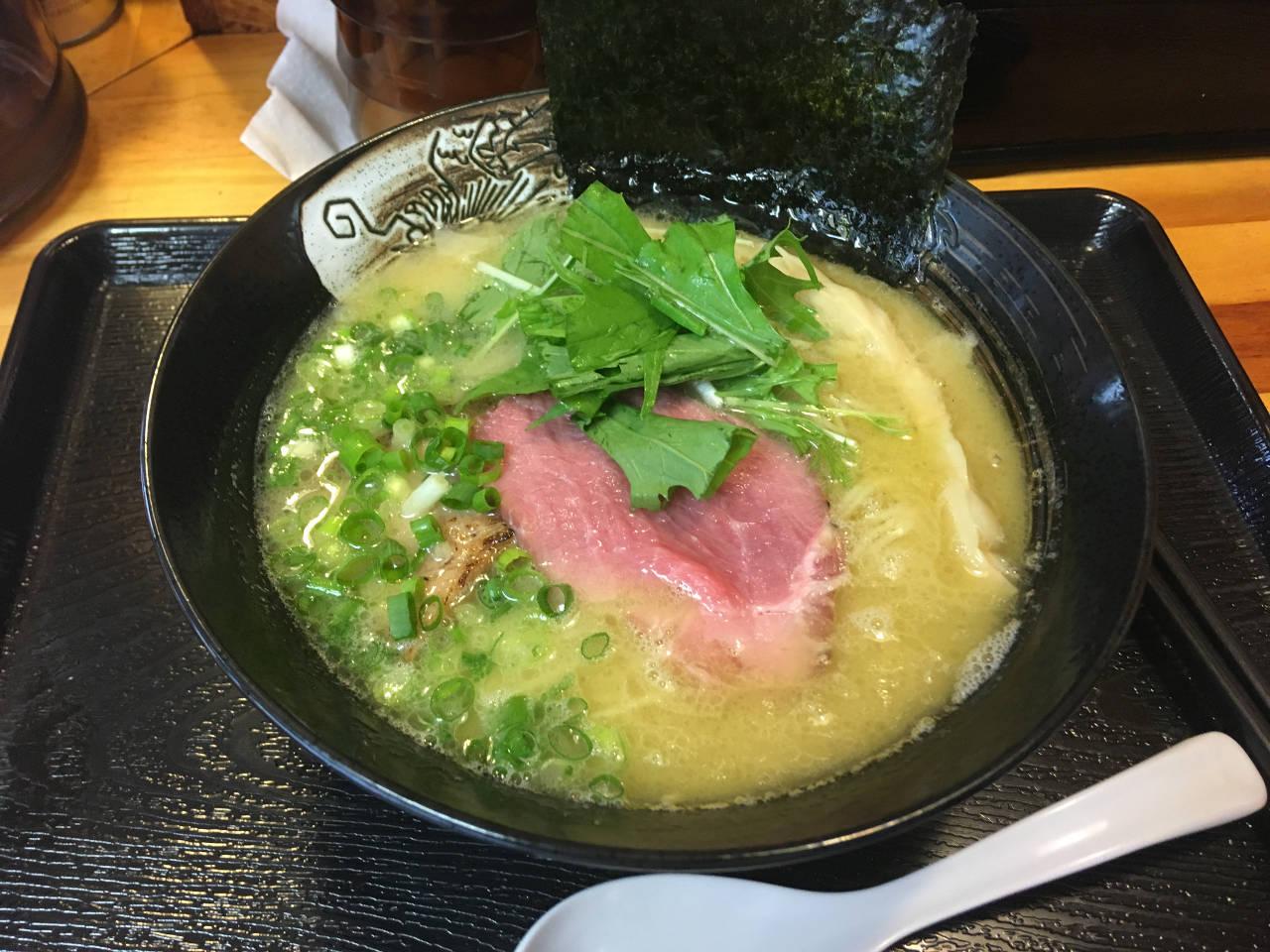 塩鶏白湯800円 中川會(木曜日営業:麺屋太陽)