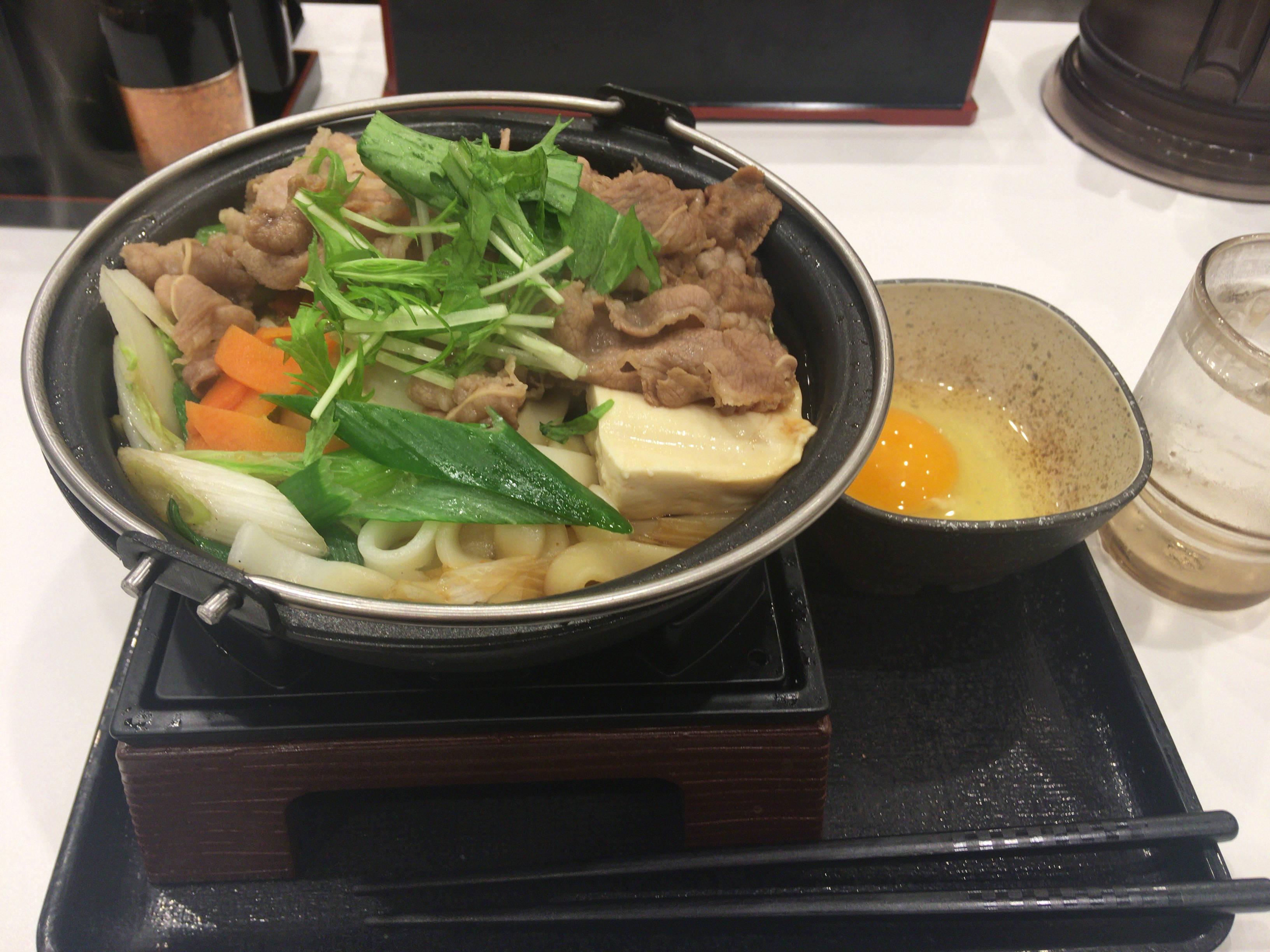 牛すき鍋膳単品大盛り690円