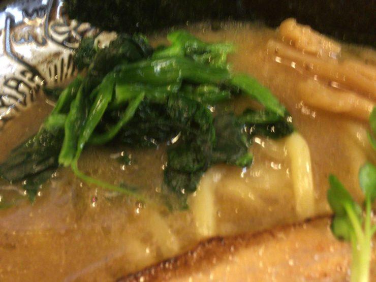 麺屋 頂 中川會のほうれん草など