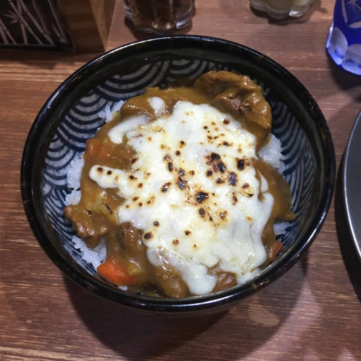 竹末東京プレミアムの限定「牛筋カレー丼」