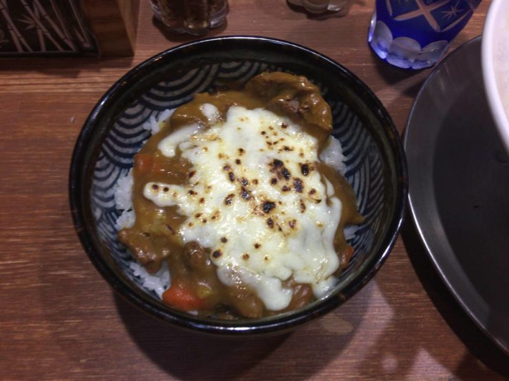 竹末東京プレミアムで限定の「牛筋カレー丼」