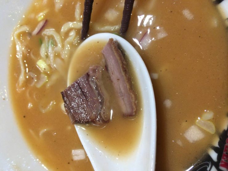 竹末東京プレミアムの煮込んだ肉