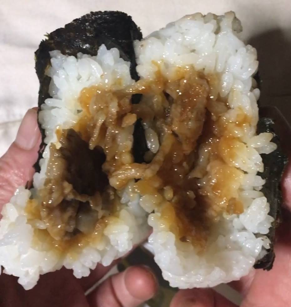 中身の具:松坂牛すき焼き おにぎり|ローソン