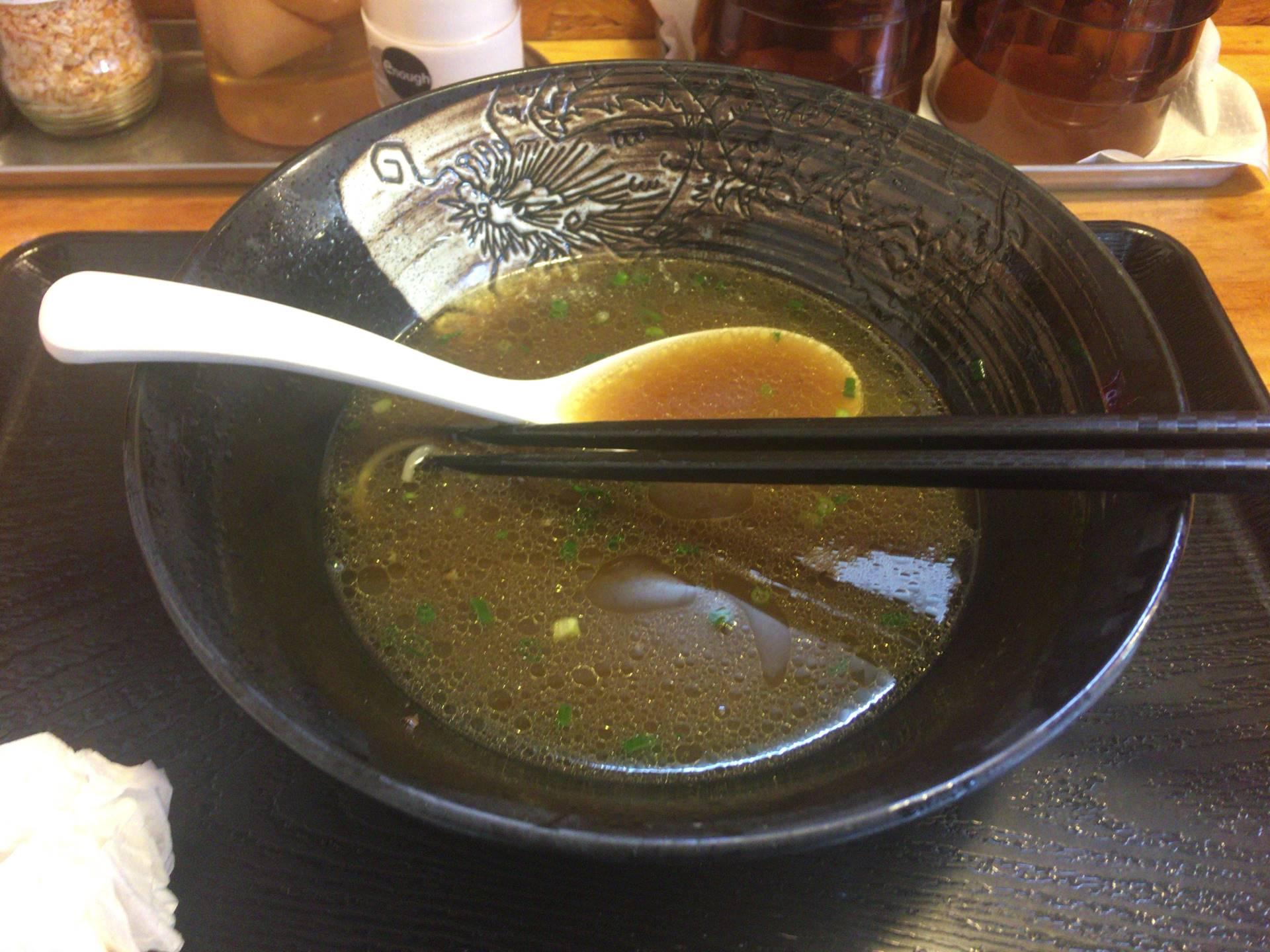 麺屋太陽 貝だし鶏ダシ中華そばを食べ終えた丼