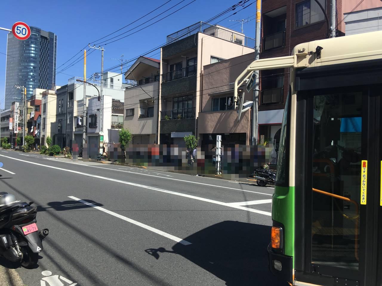 店舗前の行列の並び:竹末東京プレミアム5周年記念