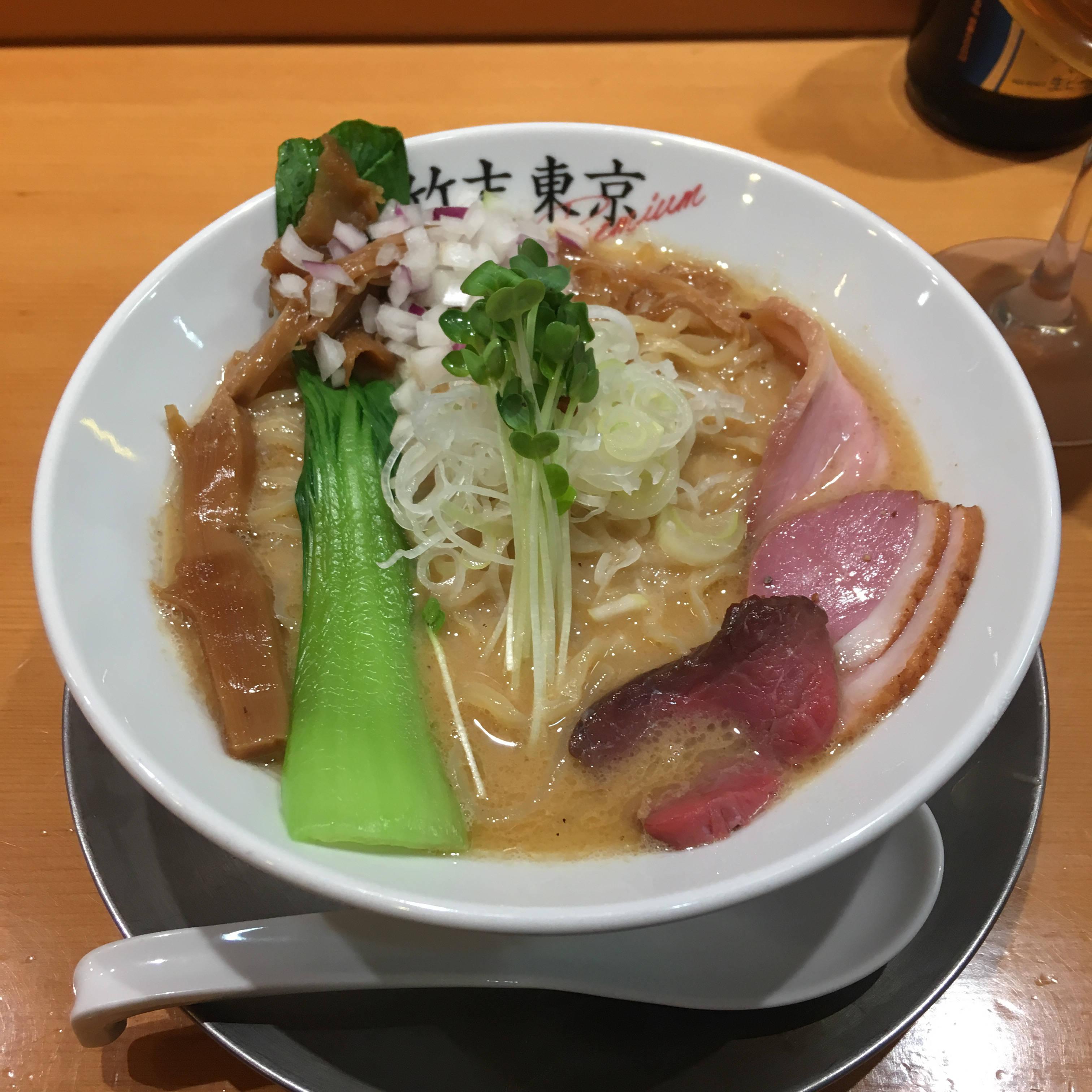 肉玉丼とヤシオマスの塩そば|竹末東京プレミアム