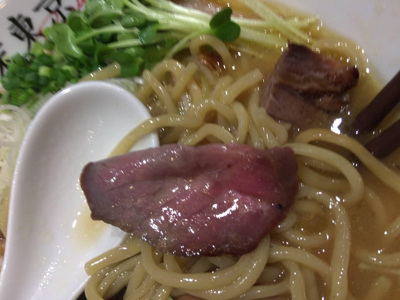 牛肉その一 竹末東京プレミアムで鶏ホタテそば