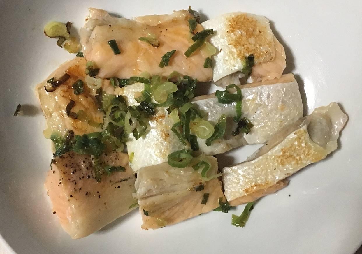鮭の身:ねぎ塩焼き鮭のハラス|まいばすけっと
