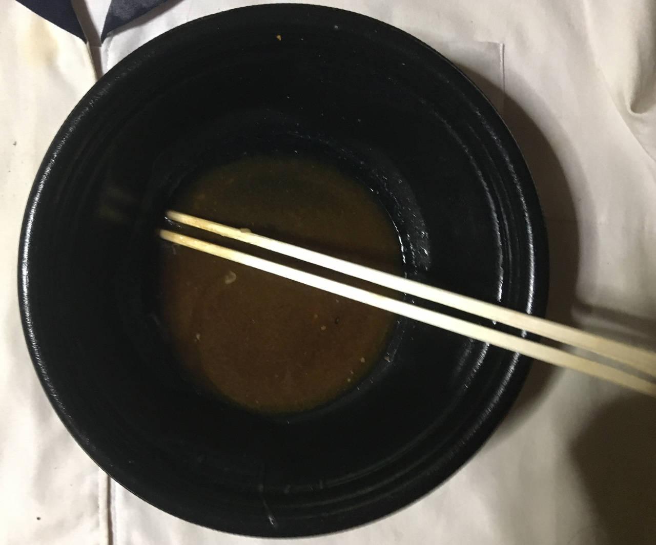 食べ終えた容器:牛皿ファミリーパック(4人前) 4回目