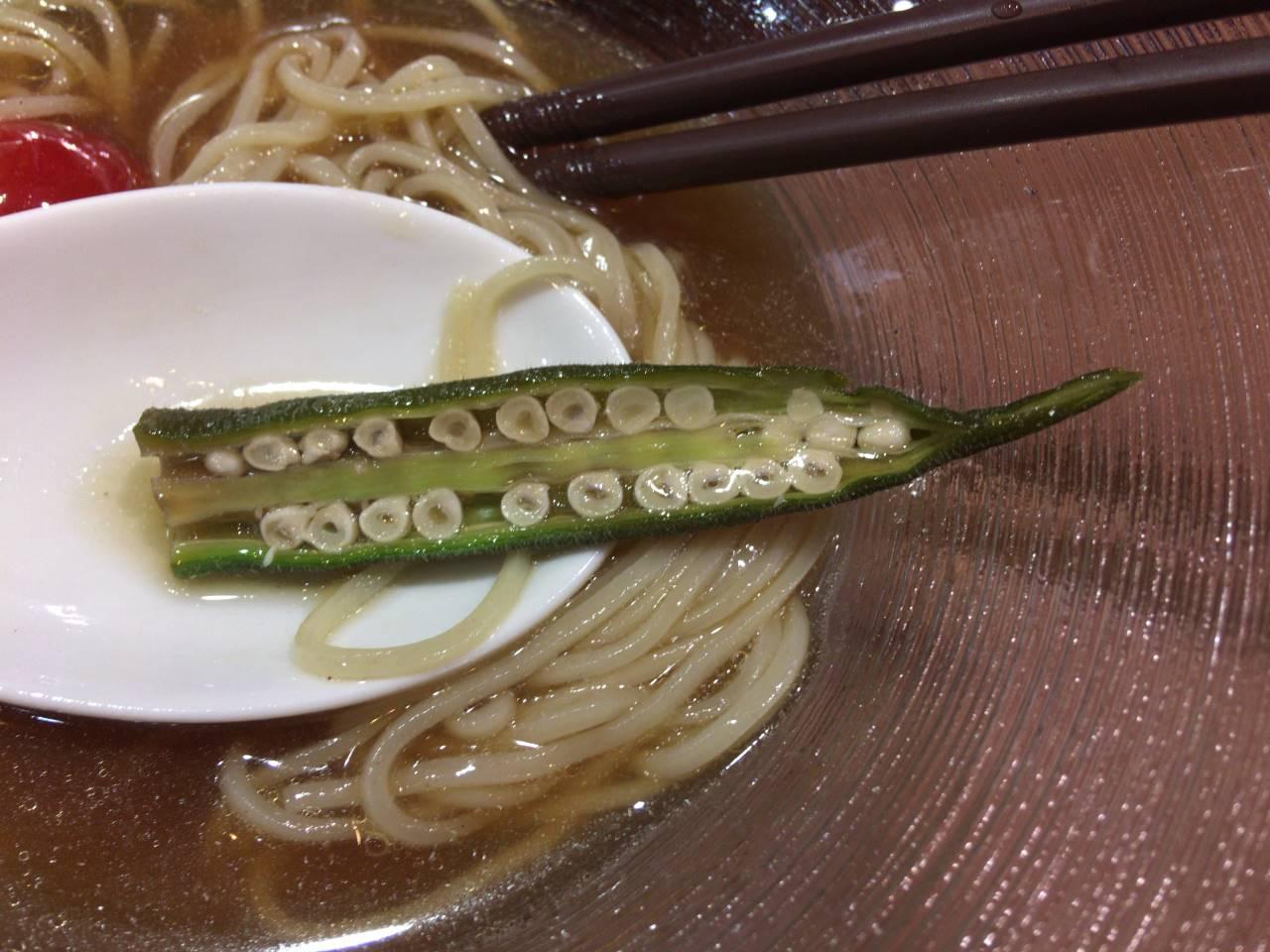 具のオクラ:1品目地球の中華そば タチウオ煮干し