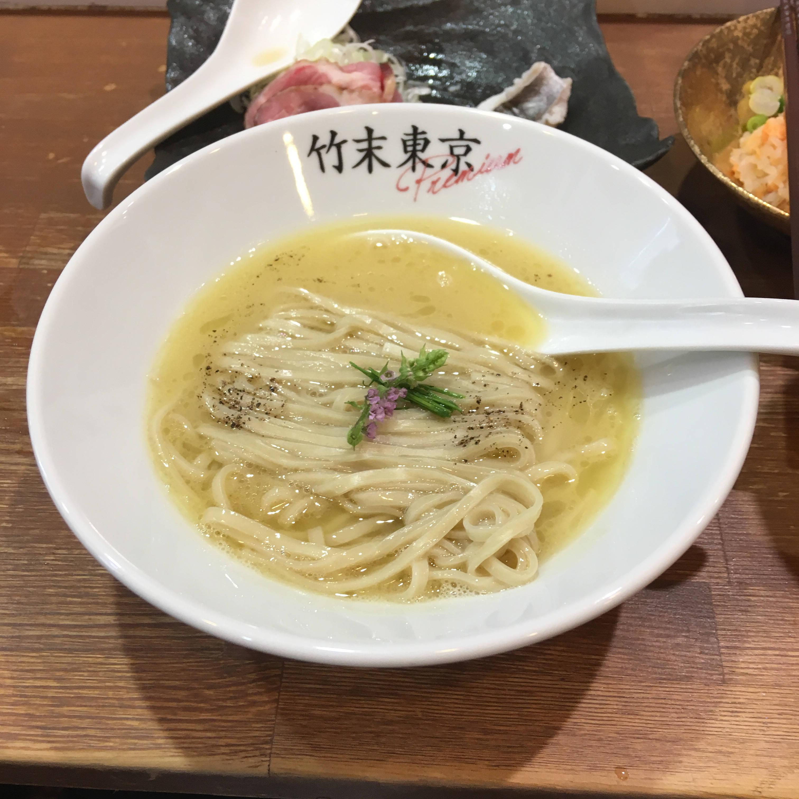 熱いスープのラーメン:竹末東京プレミアム イベント「怪物祭」