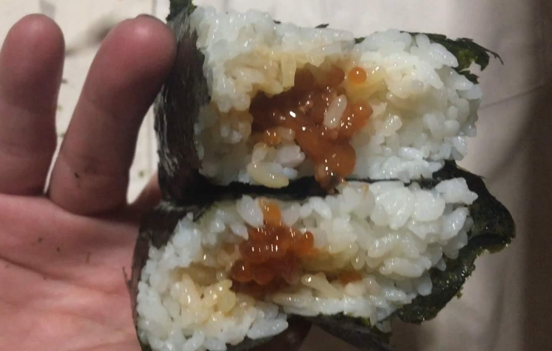 具と米の比率:セブンイレブンおにぎり熟成すじこ醤油漬け