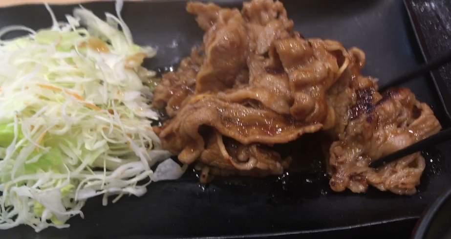 肉の量:牛カルビ生姜定食 | 吉野家