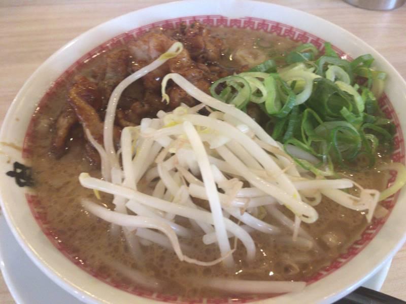 肉汁麺ススムの肉汁麺