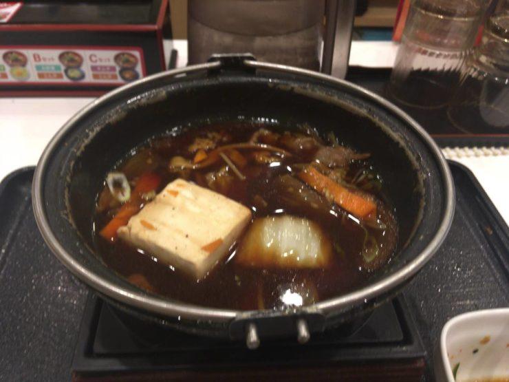 終盤の鍋:牛すき鍋膳単品大盛ねぎ増し