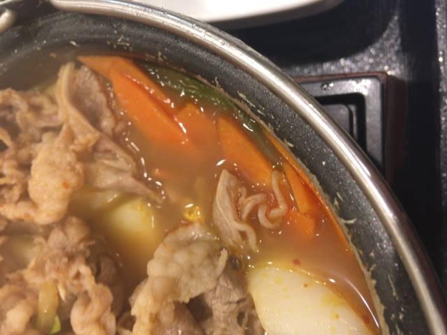 鍋のニンジン