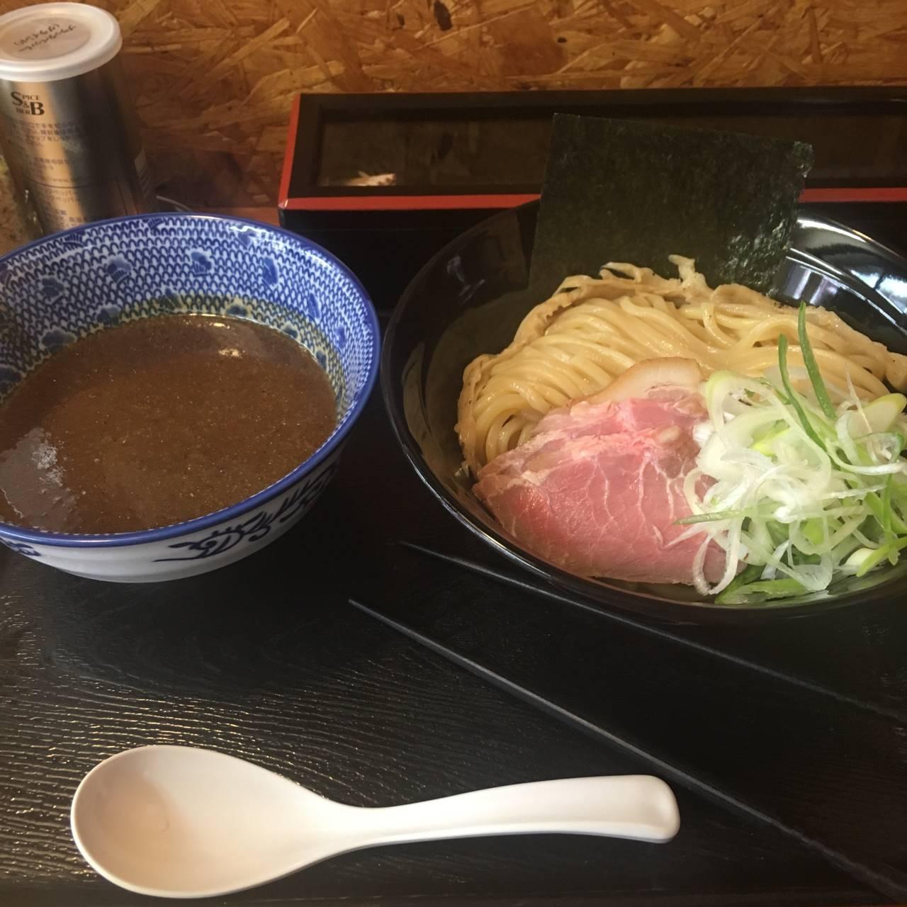 麺屋太陽の濃厚魚介つけ麺