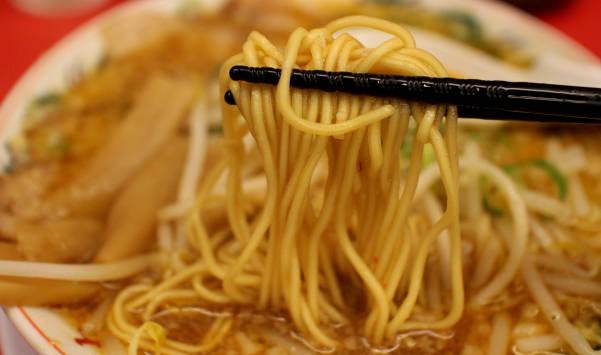 京都 北白川ラーメン 味噌 麺