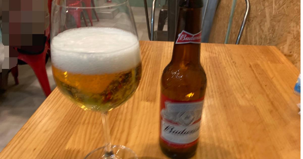 ビール:バドワイザー600円