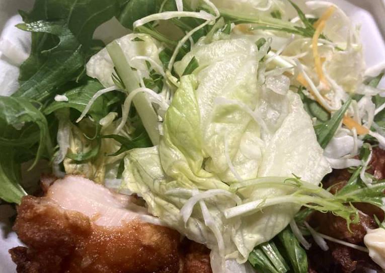 若鶏のから揚げの野菜